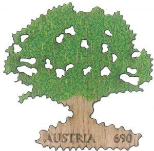 Österreichische Briefmarke aus Holz: Eiche